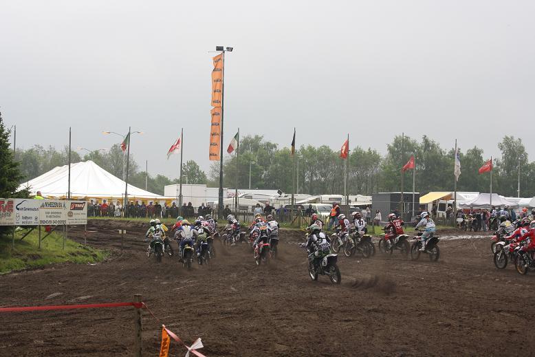 Moto-cross de VELDHOVEN en Hollande Veldho11