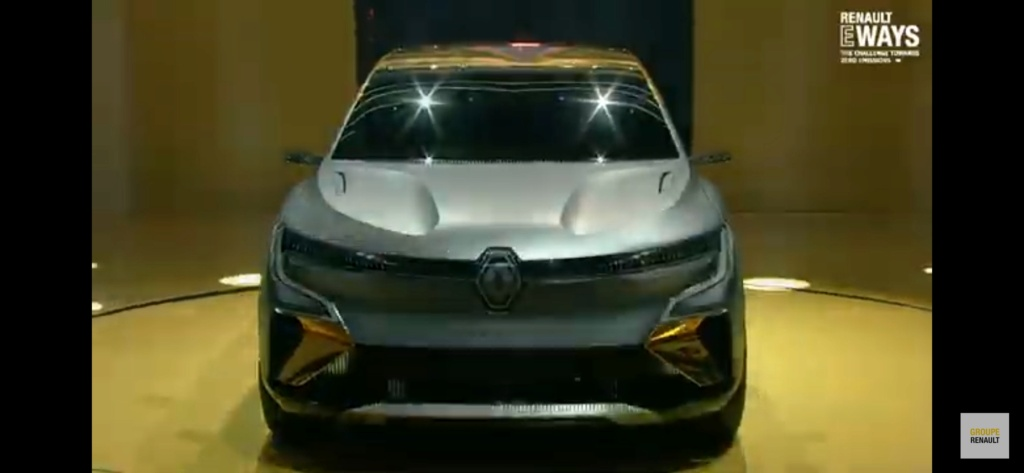 2020 - [Renault] Mégane eVision Screen10