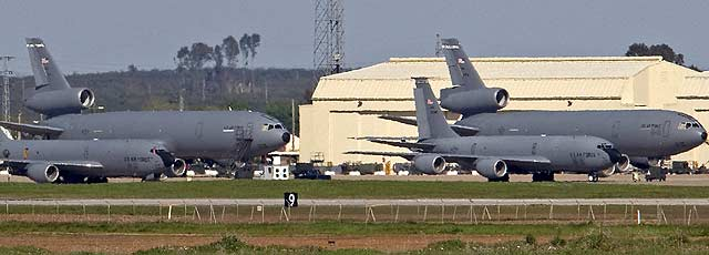 Obama: 'Estamos listos para actuar' Avione10
