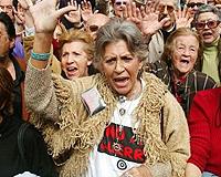 El PSOE, sobre la intervención en Libia: 'No tiene nada que ver con Irak' Pilar_10