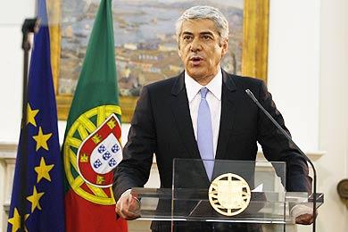 Dimite el primer ministro portugués tras rechazar el Parlamento sus recortes  Sacrat10