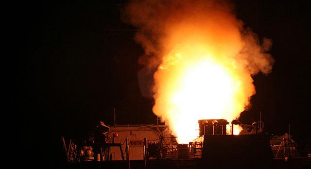 """OPERACIÓN """"ODISEA AL AMANECER"""": Primer disparo en suelo libio de aviones franceses Uno_de10"""