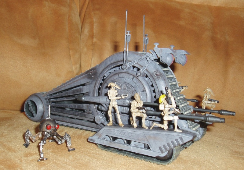 Corporate Alliance Droid Tank (AMT) + Diorama P4170010