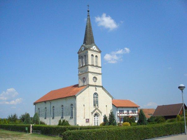 Boće - crkva i ostalo po čemu smo prepoznatljivi Crkva10