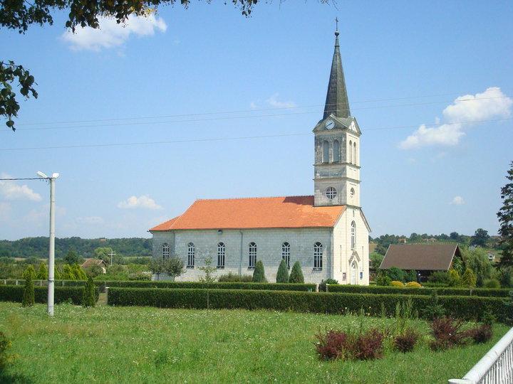 Boće - crkva i ostalo po čemu smo prepoznatljivi Crkva_10