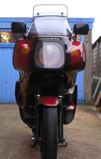How many after market fairings for the K100? Ongar_10