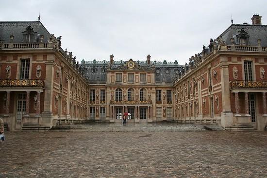 Château de Versailles : résidence de Ses Majestés 800px-13