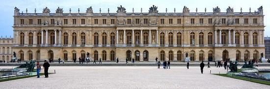 Château de Versailles : résidence de Ses Majestés 800px-14