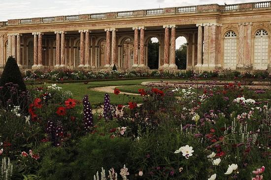 Château de Versailles : résidence de Ses Majestés 800px-16