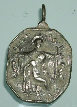 Médaille Vierge (Piéta) et Sainte Marie Madeleine de Pazzi - XVIIème Imgp9525