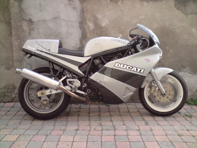 DUCATI 600 TT2, 1983 P1609010