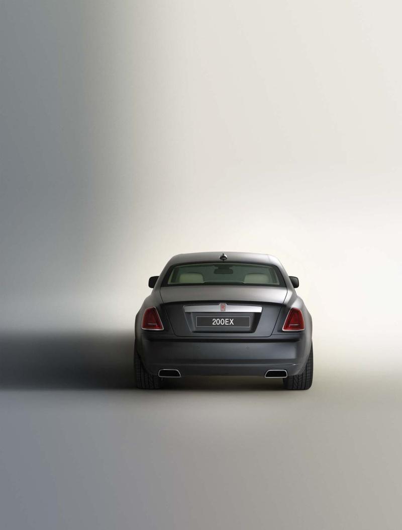 2009/11 - [Rolls-Royce] Ghost / Ghost EWB - Page 7 02-rol10
