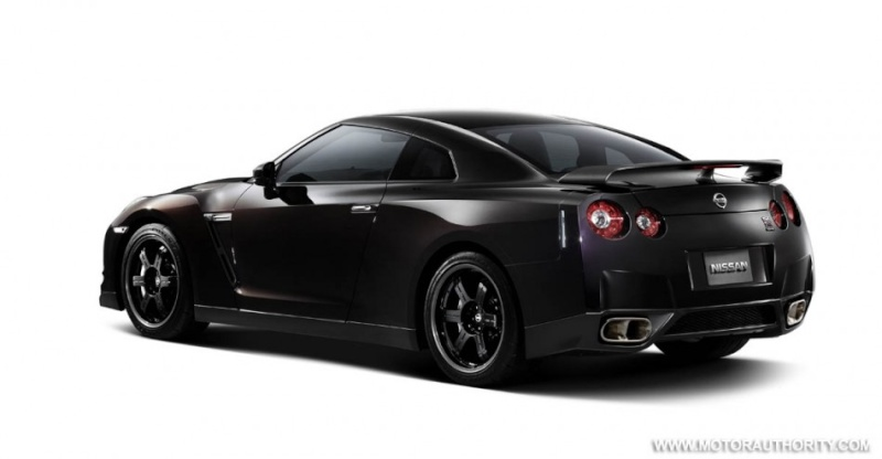 2007 - [Nissan] GT-R - Page 12 2010_r11
