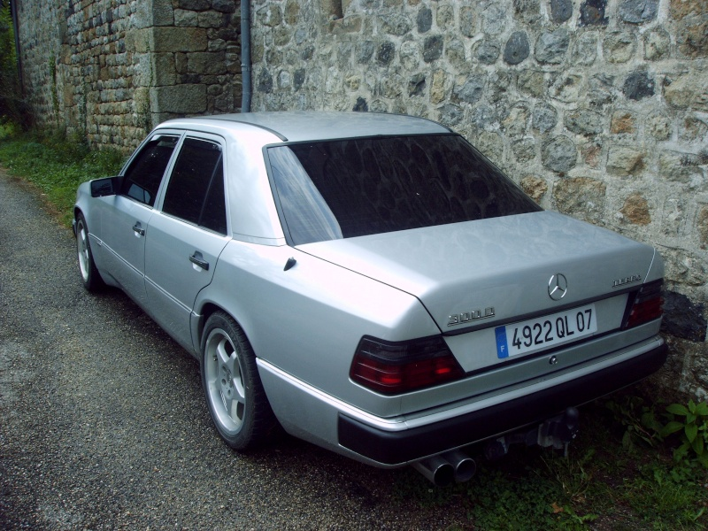 Nouveau parmis vous mais depuis longtemps en Mercedes Imag0013
