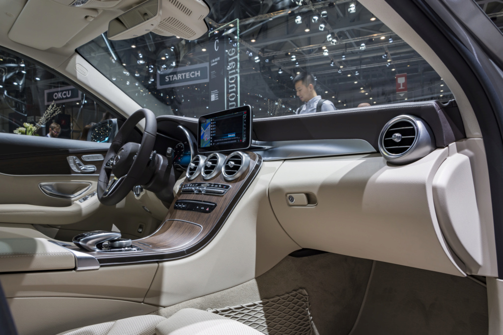 2018 - [Mercedes-Benz] GLC/GLC Coupé restylés - Page 2 Merced11