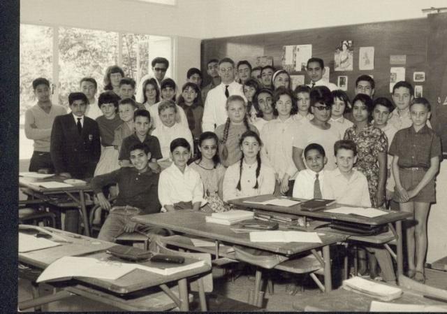 Le Lycée Paul Valéry 32992110