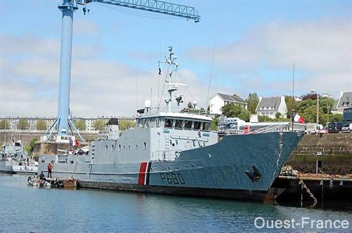 [Autre sujet Marine Nationale] Démantèlement, déconstruction des navires - TOME 1 - Page 2 Br64_112