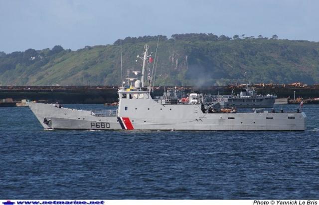 [Autre sujet Marine Nationale] Démantèlement, déconstruction des navires - TOME 1 Photo010