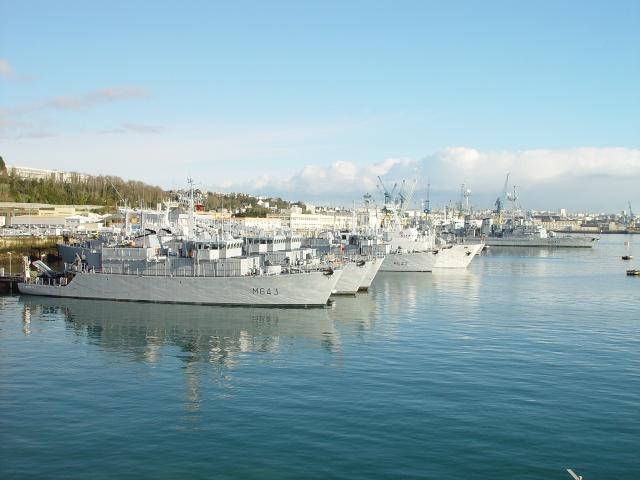 brest - [Les ports militaires de métropole] Port de Brest - TOME 1 - Page 5 Sortie18