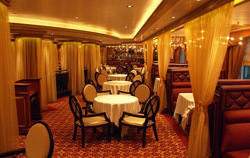 Cunard Queen Victoria Christmas Review December 11 2008 20619610