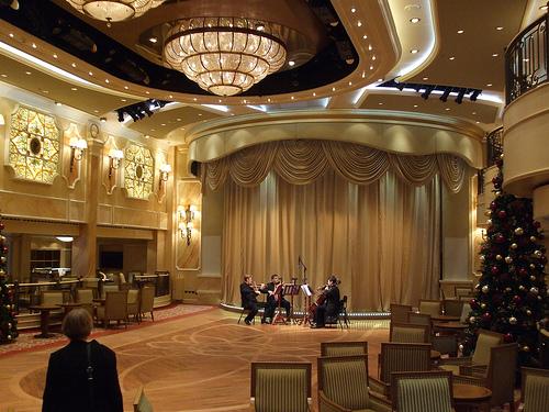 Cunard Queen Victoria Christmas Review December 11 2008 20954310