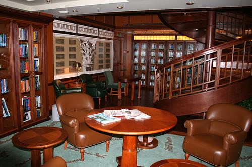 Cunard Queen Victoria Christmas Review December 11 2008 21267711