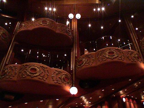Cunard Queen Victoria Christmas Review December 11 2008 29499010