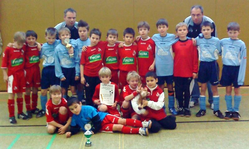 1.FC Köln U8 bezwungen: Platz drei in Rheinbach F1fcko10