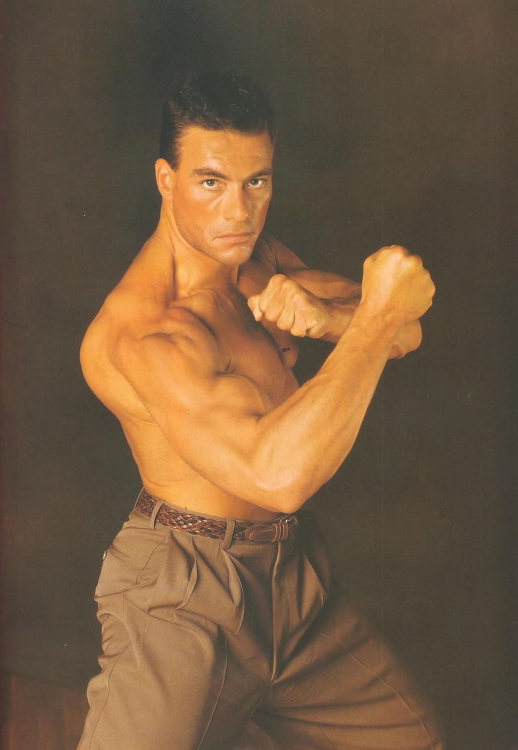 Van Damme - Page 2 D-jean10
