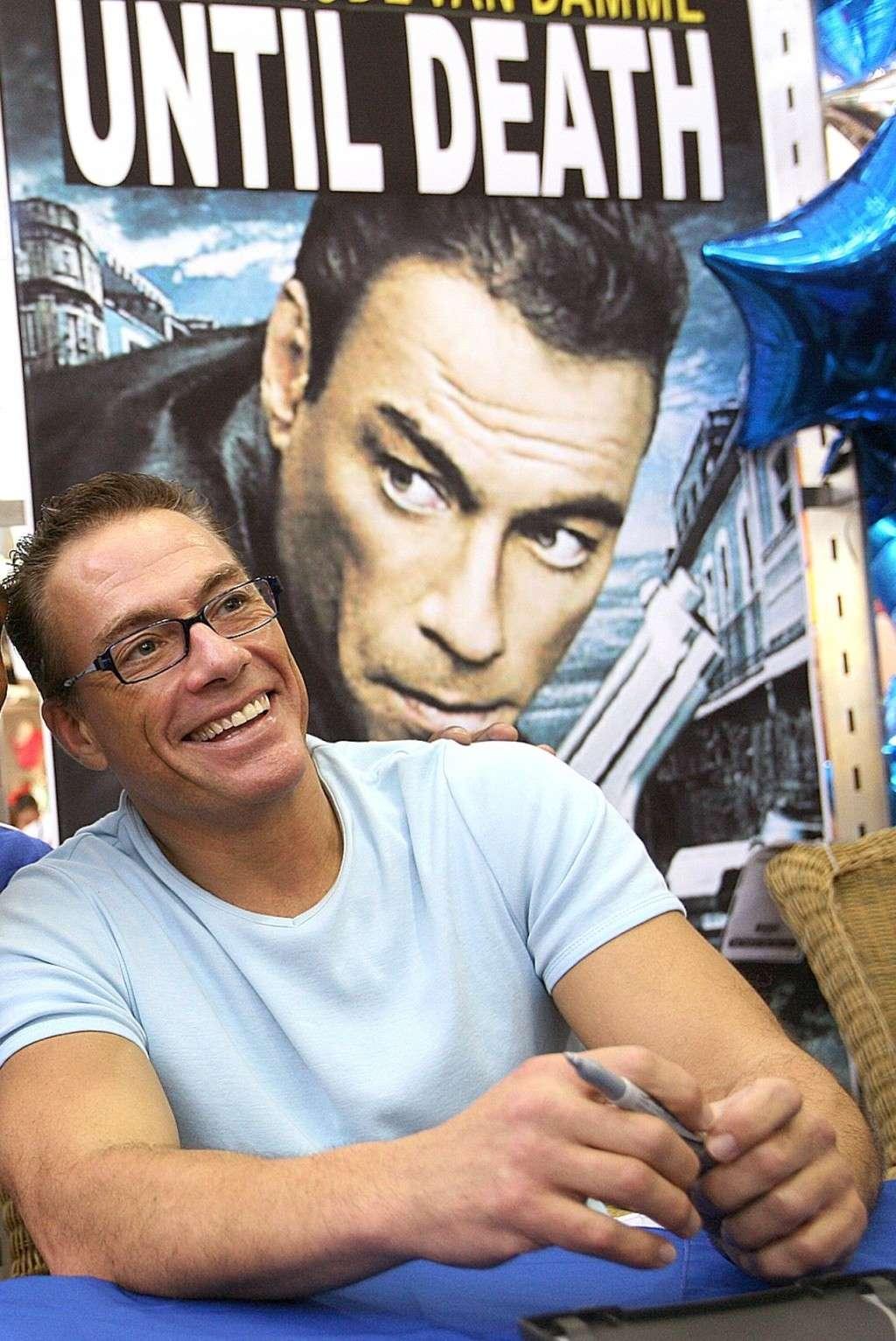 Van Damme - Page 2 Jean-c11