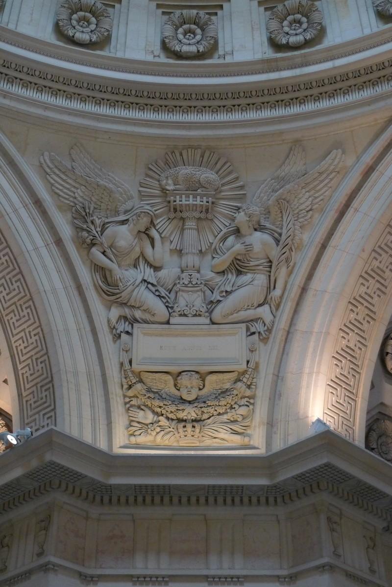 la chapelle expiatoire - Page 2 P1030922