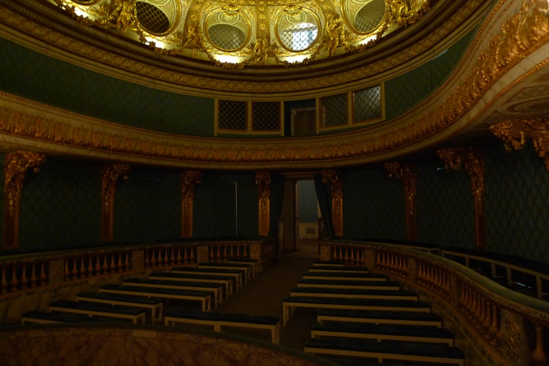 théâtre - le petit théâtre de Marie-Antoinette à Trianon - Page 8 P1060311