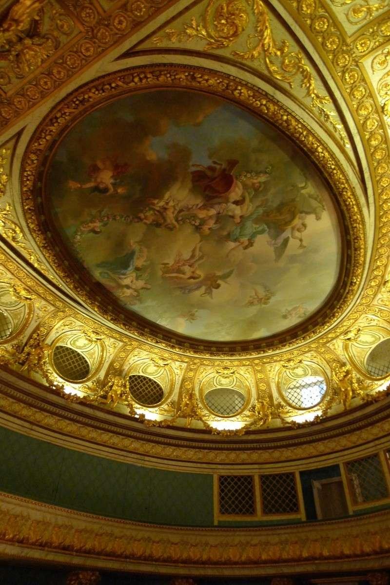 théâtre - le petit théâtre de Marie-Antoinette à Trianon - Page 8 P1060312