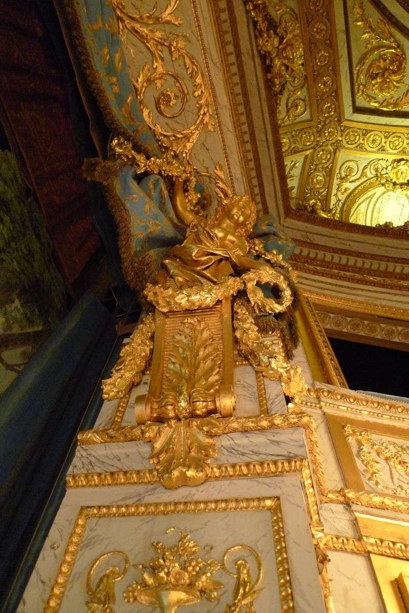 théâtre - le petit théâtre de Marie-Antoinette à Trianon - Page 9 P1060328