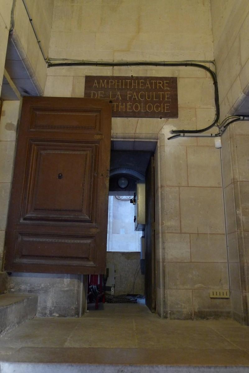 Visite de la Sorbonne - Page 3 P1060610