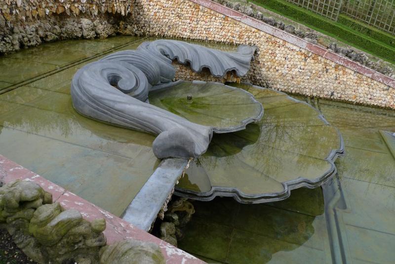 Vos photos du château de Versailles - Page 4 P1080022
