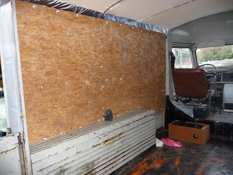 Présentation & Restauration : Transformation d'un type H en camping car moderne ! P1070711