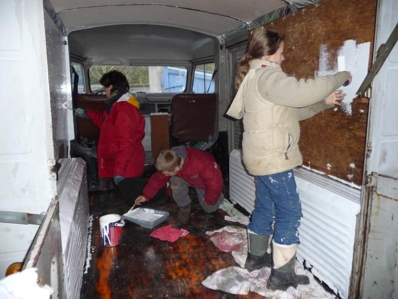 Présentation & Restauration : Transformation d'un type H en camping car moderne ! P1070712