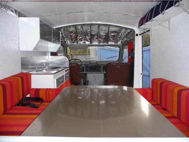 Présentation & Restauration : Transformation d'un type H en camping car moderne ! P1080311