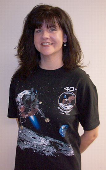 40 ans d'Apollo 11 : commande de tee-shirt groupée ? Spaces10