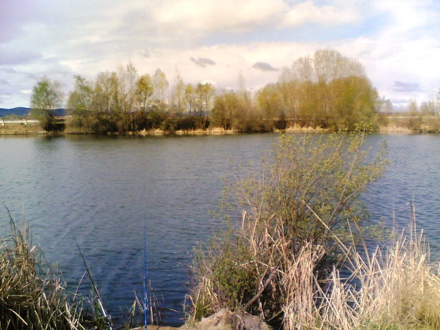 Día de Pesca cerca de La Bañeza 10042011