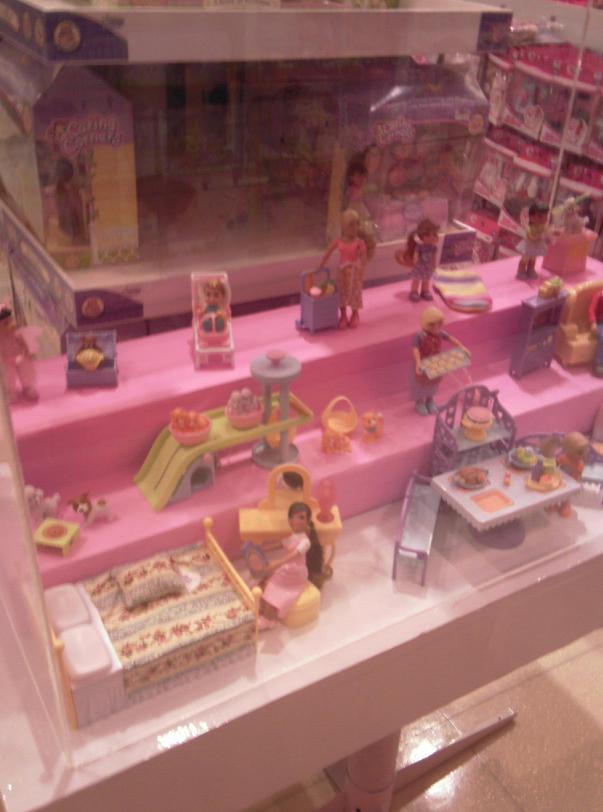 photos d'un magasin de jouets à Bali et à Bangkok 710