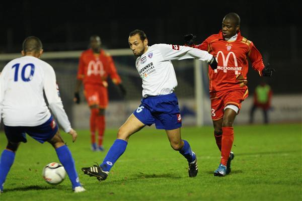[CFA] 19 ème journée  Epinal / FCM - Page 2 Bourou10
