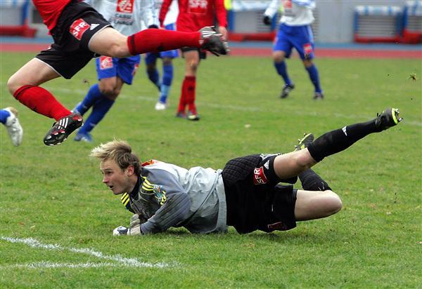 [CFA] 30 ème journée : Lille2 / FC Mulhouse - Page 2 Peronl10
