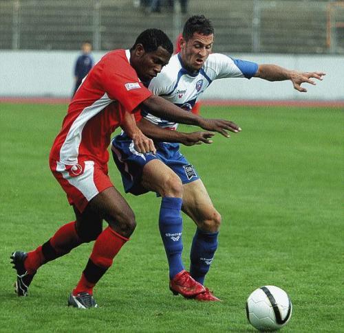 [CFA] AJ Auxerre2 / FC Mulhouse le 08/02/2009 - Page 3 Regnie11