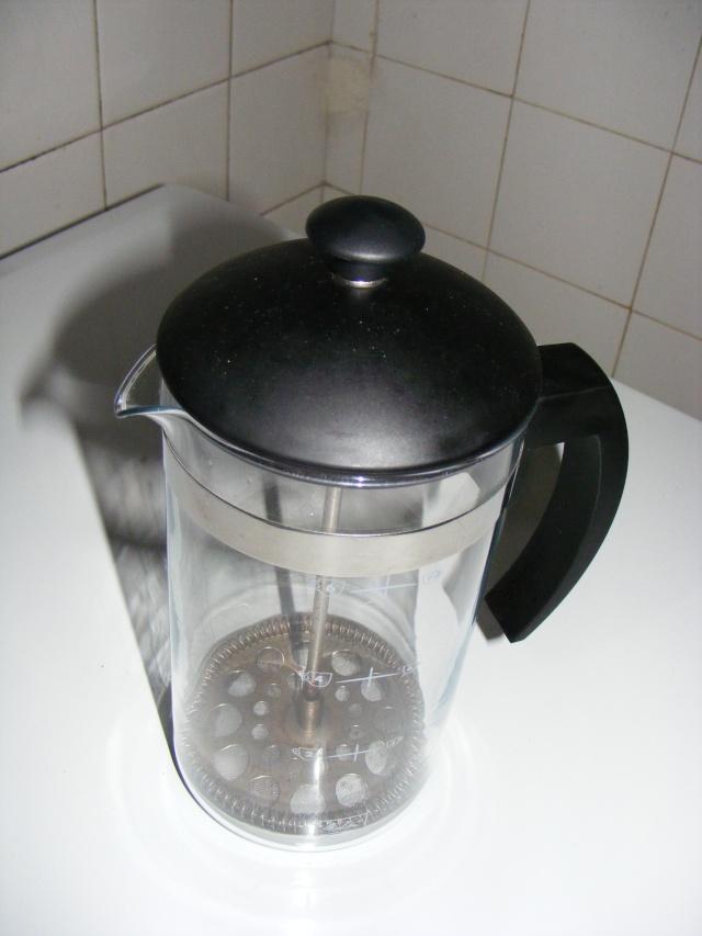 comment faite vous pour faire un bon cafés  au bord de l'eau !!!!!!! 2008_021