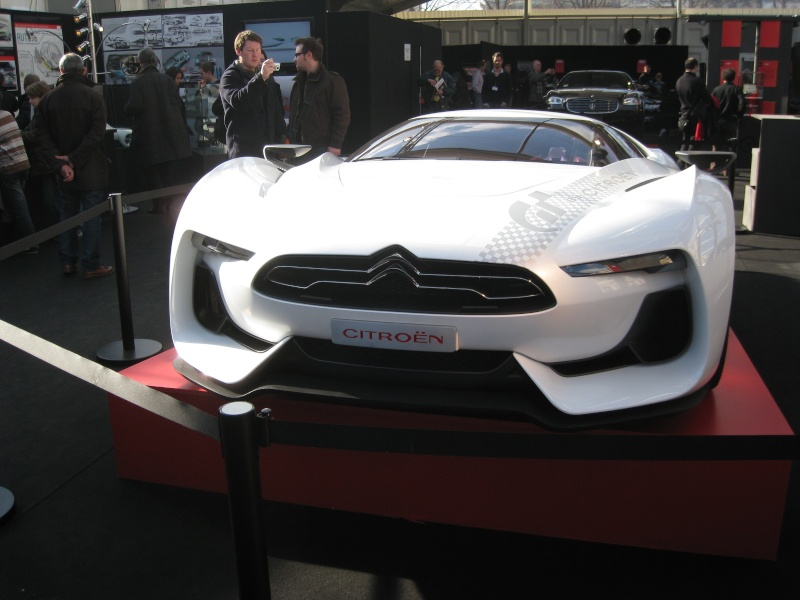 Bell&Ross expose des concepts cars aux Invalides Photo_99