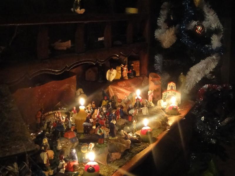 MA CRECHE DE NOEL 2010 et maintenant celle de 2011  Dsc08832
