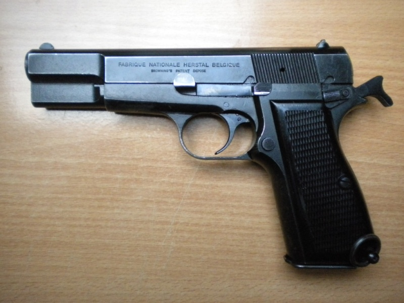 FN GP de la gendarmerie / Police Dscn2518
