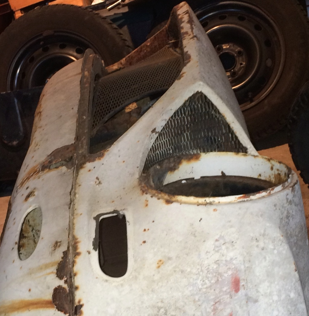 Recherche grille de phare Simca 1200 S Efdd5210